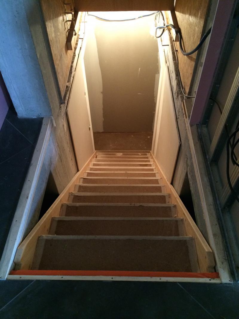 r alisation d 39 un escalier int rieur protection. Black Bedroom Furniture Sets. Home Design Ideas