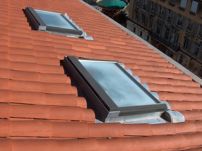 fenetres de toit marseille aix en provence aubagne ciotat bouches du rh ne 13 var 83. Black Bedroom Furniture Sets. Home Design Ideas